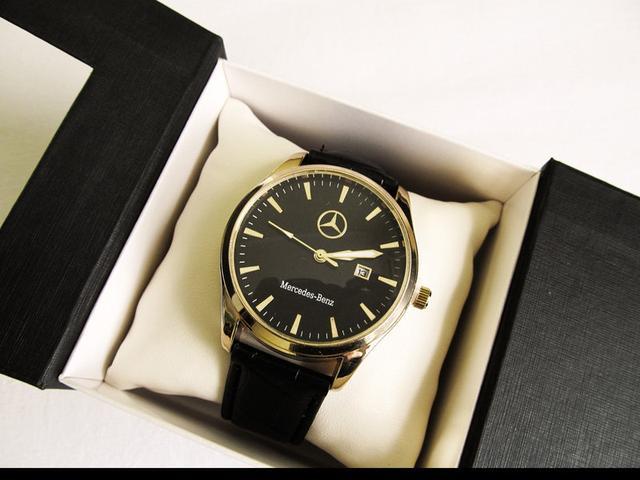 Мужские  часы Mercedes золотой корпус