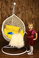 Детский кресло кокон шар из ротанга к потолку
