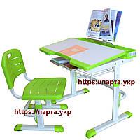 Детский стол и стул, полка, подставка для книг