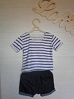 Комплект из летней футболки с принтом полоска и джинсовых шортов унисекс