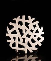 Блюдо декоративное керамическое белое Тенета