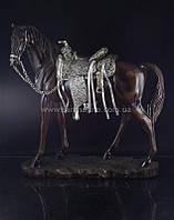Статуэтка декоративная Конь
