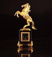 Статуэтка Конь с часами на хрустальной подставке