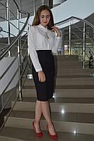Женская блуза  с бусинками впереди