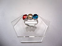 Кольцо с камнем в три цвета