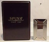 Подарочная зажигалка SPUNK в деревянной упаковке. Пламя: острое пламя