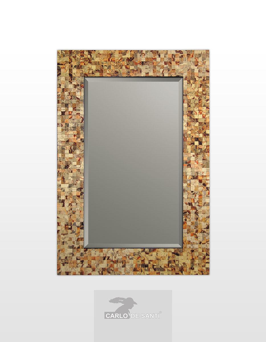 Прямоугольное зеркало в раме с мозайкой