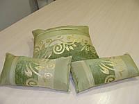 Комплект подушек серые салатовые с вензелем,  3 шт
