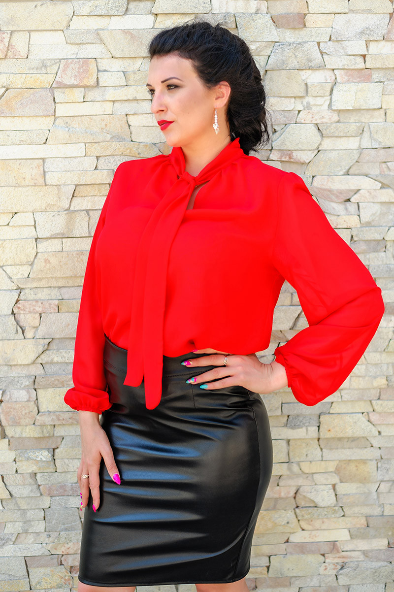 """Красная классическая блуза """"Piano"""""""