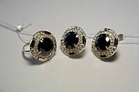 Комплект украшений из серебра с золотом с черным камнем - кольцо и серьги