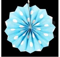 Бумажный веер с рисунком 20 см.  в горошек голубой