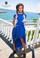 Женское платье красивого оформления с карманами