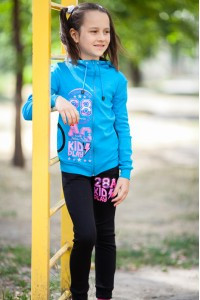 Спортивные костюмы для девочки из интернет-магазина. Статьи компании ... 561cc84996a