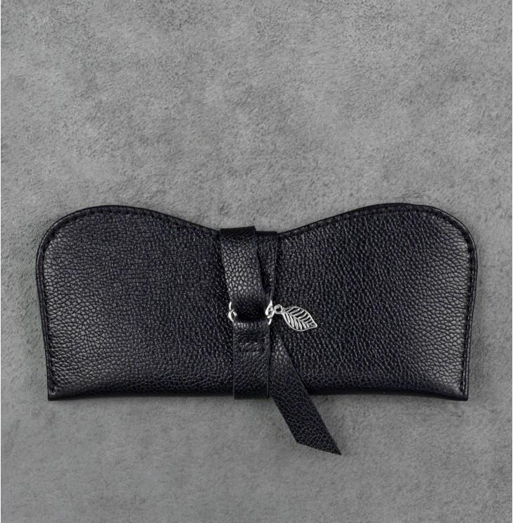 Футляр для очков кожаный черный  (ручная работа)