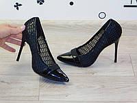 Женские летние туфли-лодочки на шпильке черные