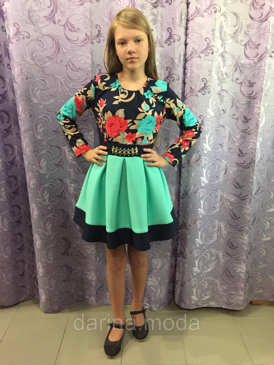 Платье для девочки с пышной юбкой 152 см