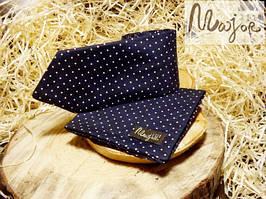 Набор галстука с нагрудным платком темно-синего цвета в горошек