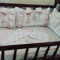 Бортики-защита в кроватку + комплект постельного белья