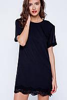 Короткое черное платье-футболка с кружевом