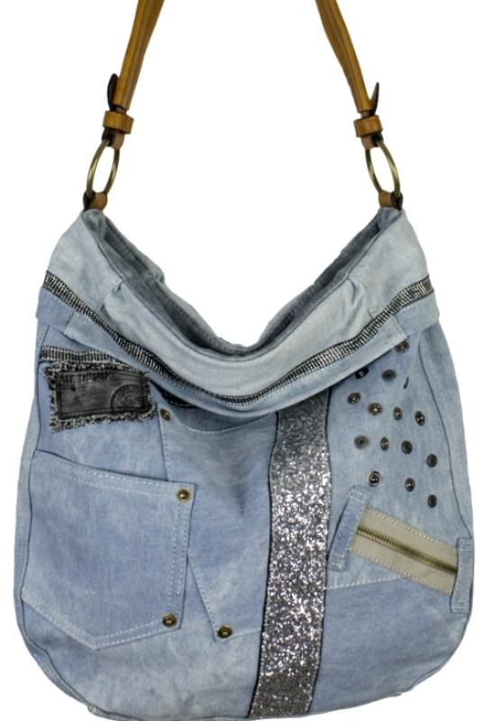 a7dccd1dae5e Вместительная сумка из кожзаменителя и джинсовой ткани - Интернет-магазин  стильных сумок