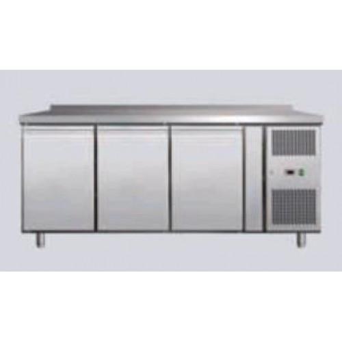 Стол холодильный 3 двери Red Fox SCHFR-3 с бортом