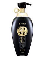 DAENG GI MEO RI Oriental Black Shampoo Травяной шампунь для повреждённых волос, 500мл