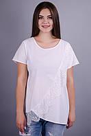 Джулия. Нарядная футболка для дам с пышными формами. Белый.