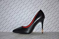 Туфли лодочки женские на шпильке черные