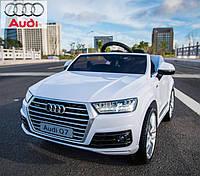 Детский электромобиль  Audi Q7 159