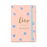"""Блокнот в подарок """"Live every moment"""""""