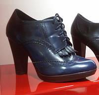 Женские синие туфли (ботильоны) на шнурках и удобном каблучке, экокожа, Италия