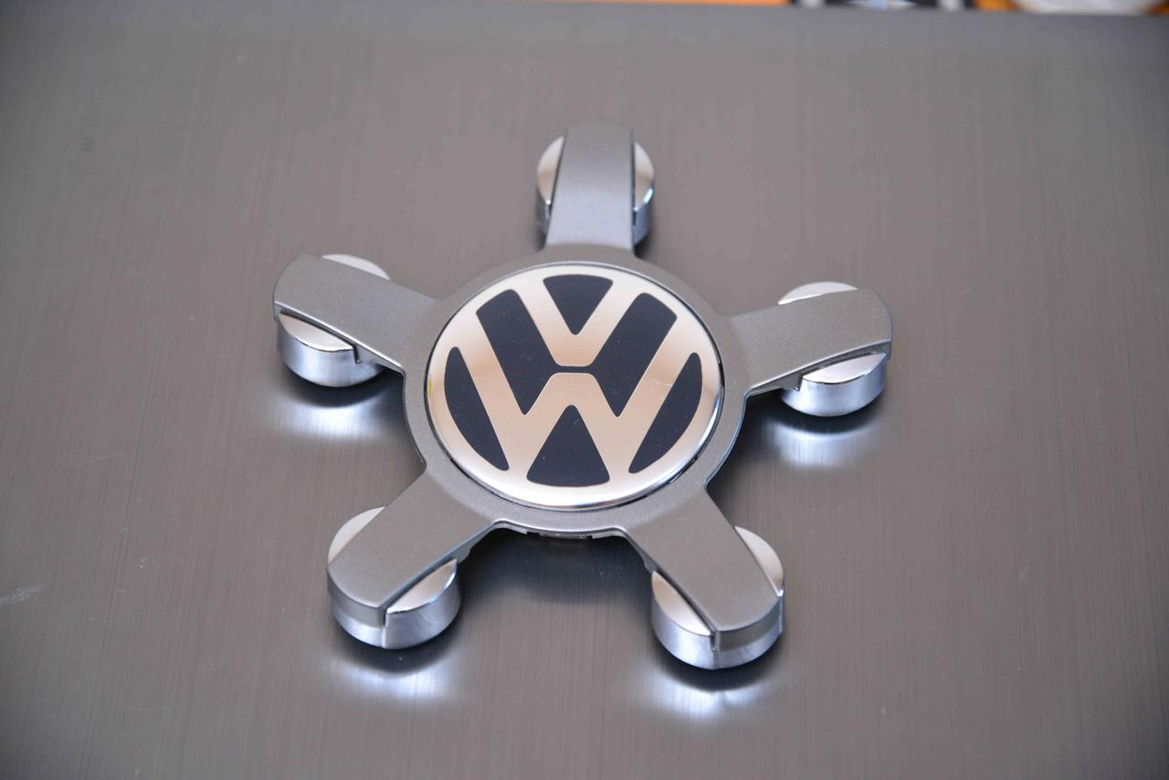 "Колпачки заглушки на диски  Volkswagen (140/58/14) ""звезда"" новая модель, 8R0 601 165 C Фольксваген"