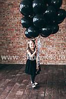 Объемный фонтан из черных гелиевых шаров