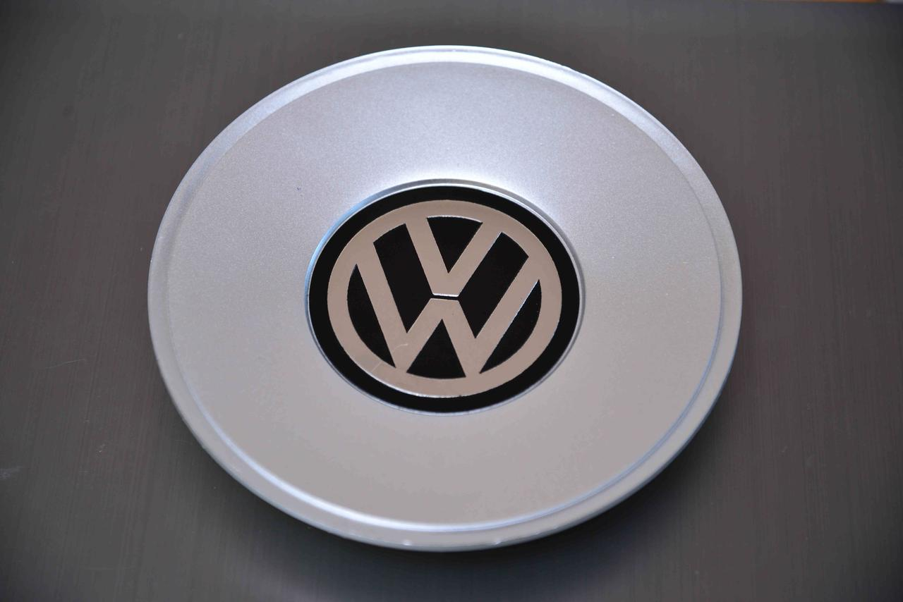 Колпачки заглушки на литые диски в диск Volkswagen (Фольцваген) Внешний диаметр - 155 мм 1J0601149B