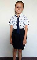 Детская блузка белого цвета с принтом Кошечки