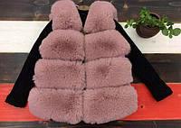 Стильная жилетка для девочки из меха кролика цвета пудры