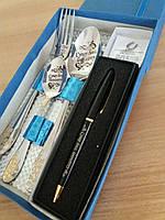 Необычный сувенирный набор боссу с гравировкой именных ложек поздравление на зажигалке с именной ручкой