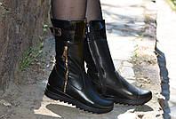 Ботинки кожаные женские черные с лаковой вставкой