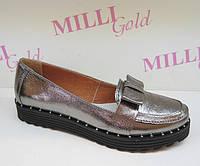 Серебристые женские туфли с бантом