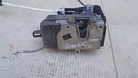 Замок передней двери Opel Vectra C 2002 г. 2.2DTi, 13210767