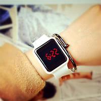 Apple Watch (Реплика), часы светодиодные LED цифровые. Белые.