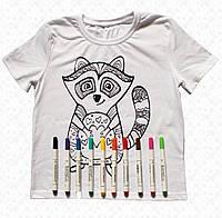 Футболка раскраска детская белого цвета для девочек с принтом Енот с набором 10 разноцветных маркеров