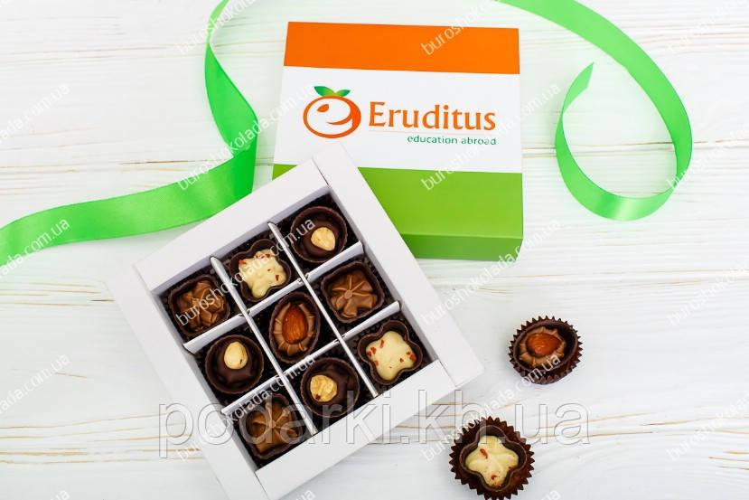 Брендированный набор с 9 конфет