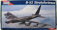 B-52 Stratofortress 1/72 MONOGRAM 5709