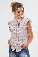 Стильная офисная кремовая блузка без рукавов в мелкий горошек с воланами