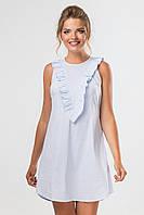 Летнее голубое платье с рюшами на груди без рукавов