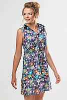 Женское летнее платье-рубашка без рукавов с принтом Цветы на синем