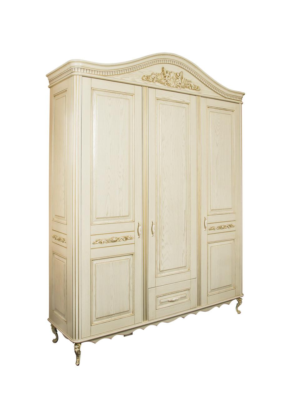 Шкаф из натурального дерева для спальни