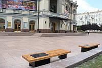 В Киеве теперь можно подзарядить смартфон от скамейки