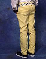 Весенние цветные джинсы для мальчика